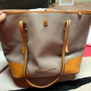Dooney & Bourke Tote Purse